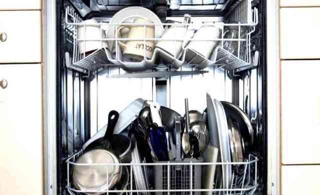 Можно ли мыть серебро в посудомоечной машине: аргументы «за» и «против»