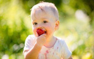 Пятна от фруктов: как вывести с одежды в домашних условиях?