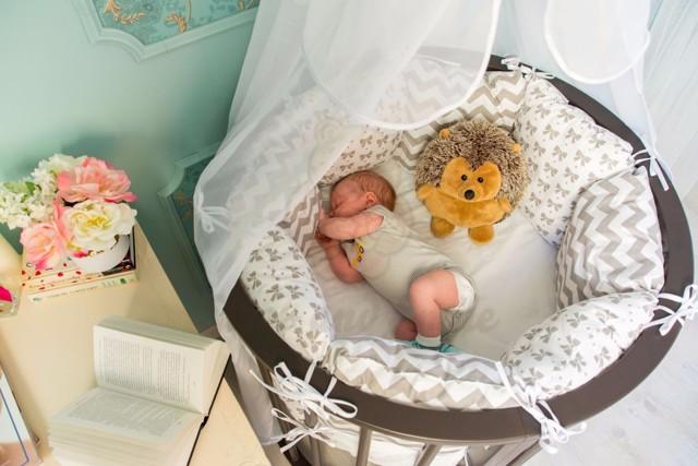 Как выбрать матрас для новорожденного: плюсы и минусы разных моделей