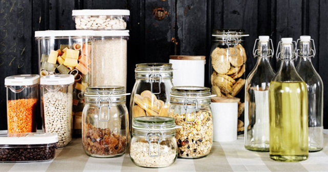 Хранение сыпучих продуктов и круп: правила и выбор емкости