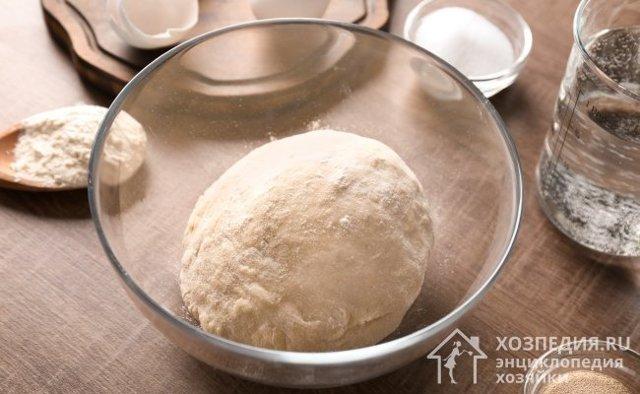 Как хранить дрожжевое тесто правильно: где и сколько?