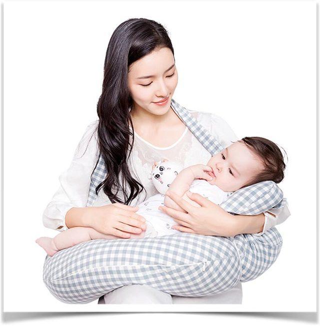 Как пользоваться подушкой для кормления грудного ребенка