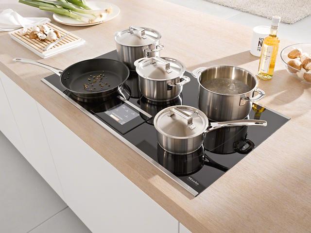 Какая посуда нужна для индукционной плиты и почему?