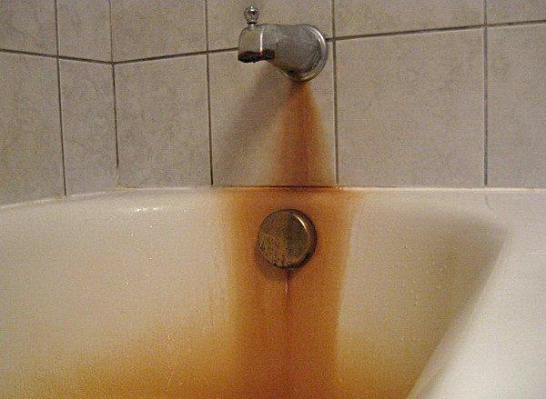 Чем чистить акриловую ванну в домашних условиях от желтизны, налета и загрязнений?