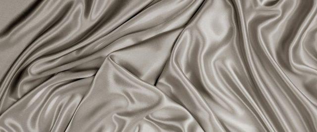 Антистатик для одежды в домашних условиях - необходим и незаменим?
