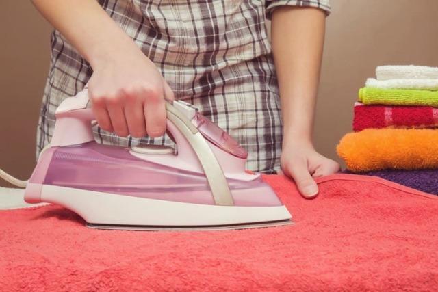 Как стирать велюр в стиральной машине: выбор температуры, режима, оборотов отжима