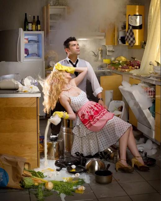 Почему нельзя мыть полы вечером или на ночь - народные приметы