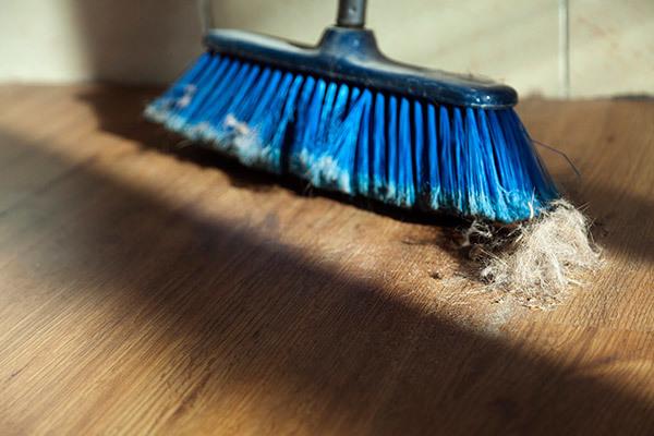 Можно ли мыть полы стиральным порошком, какие покрытия моют, пропорции средства