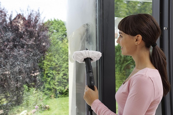Как мыть окна отпаривателем для одежды: все тонкости современного подхода