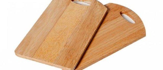 Как почистить разделочную доску из дерева и пластика