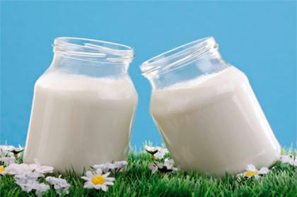 Можно ли в выпечке заменить кефир ряженкой, сметаной или йогуртом: 5 вариантов для теста