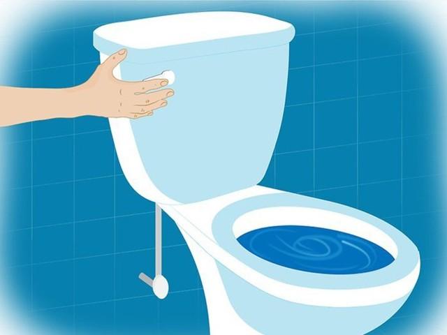 Как прочистить унитаз в домашних условиях тросом, вантузом и химией?