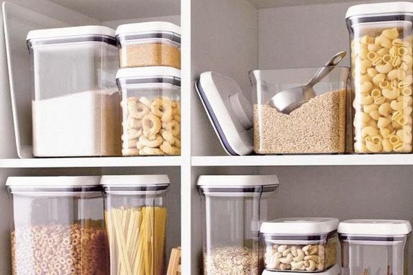 Как хранить муку в домашних условиях, чтобы в ней не появились жучки?