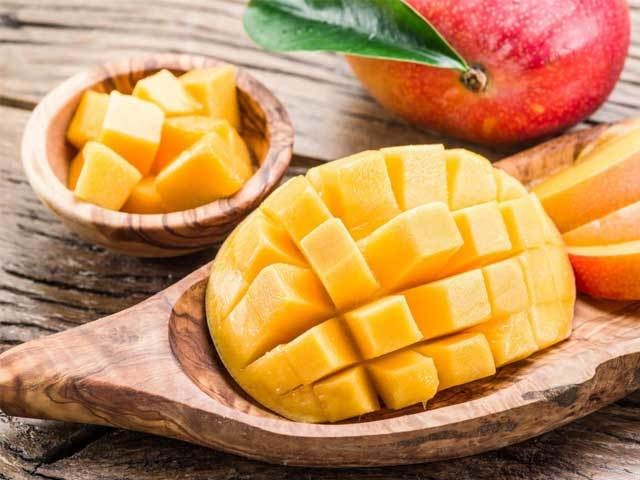Манго (фрукт): польза и вред для организма, как кушать плоды, что с ними приготовить, как выбрать хороший сорт