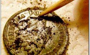 Чистка медных и серебряных монет уксусом, содой и солью в домашних условиях: описание методов