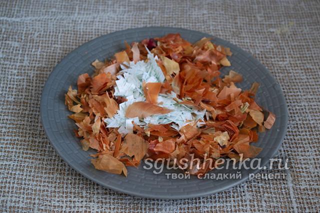 Как покрасить яйца с зеленкой и луковой шелухой: пошаговый мастер-класс с фото чтобы получились мраморные яйца