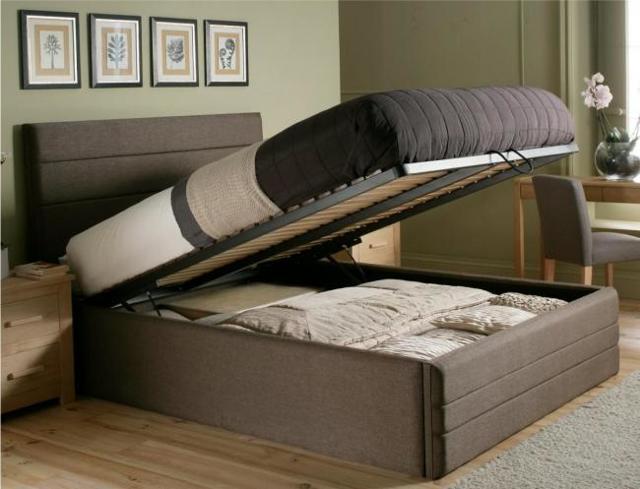 Как сложить красиво и компактно одеяло и подушку в шкаф: 2 способа