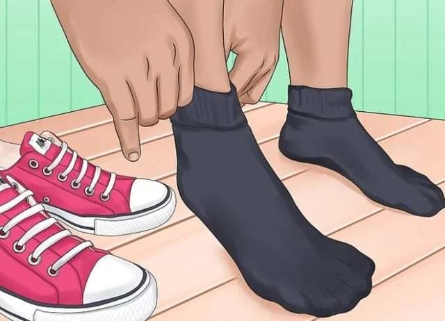 Как мыть и стирать ортопедические стельки: особенности ухода с учётом разновидности